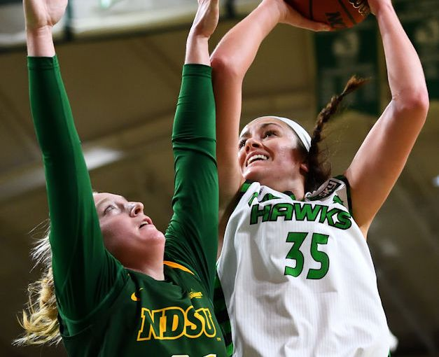 RUSS HONS: Photo Gallery — University Of North Dakota Vs. North Dakota State University
