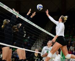 Grand Forks, ND Nov 3, 2018 University of North Dakota Volleyball vs Purdue Fort Wayne at the Betty Engelstad Sioux Center in Grand Forks, ND. Photo by Russell Hons