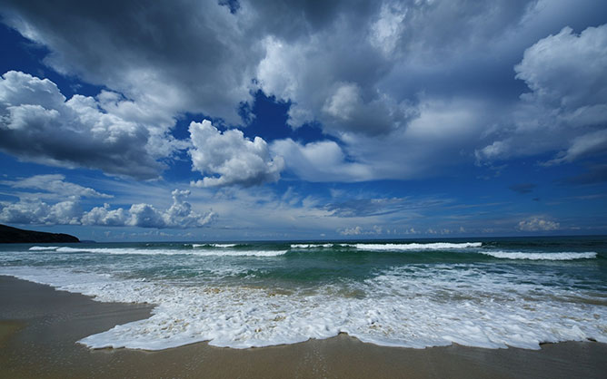 clouds and sea.