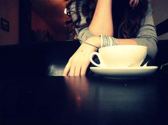 Kávézó lány.