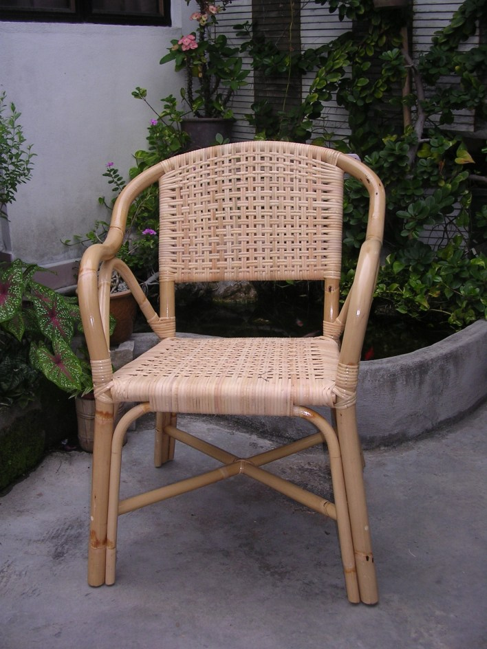 Manau Arm Chair