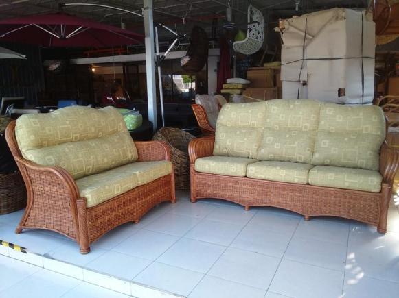 Rozana Wicker Sofa Set