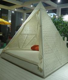 Cabana Pyramidal 03
