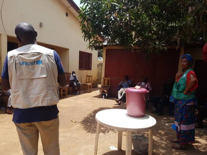 COVID-19 - Les jeunes du quartier Nongo de Conakry s'engagent !