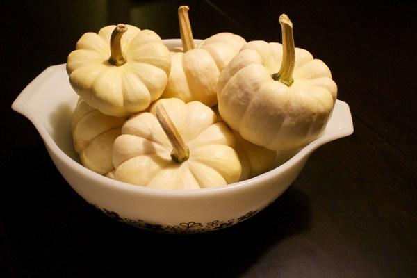02 white pumpkins