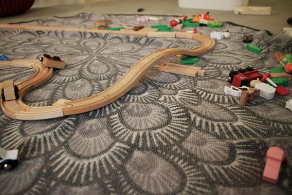 09 trains