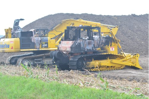 DAPL construction equipment at a pipeline site in Iowa, damaged by a fire in August. Image via Newton Dialy News