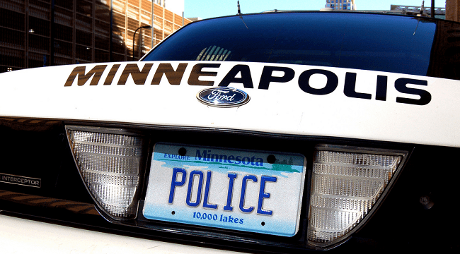 Minneapolis Police Kill Woman Who Called 911