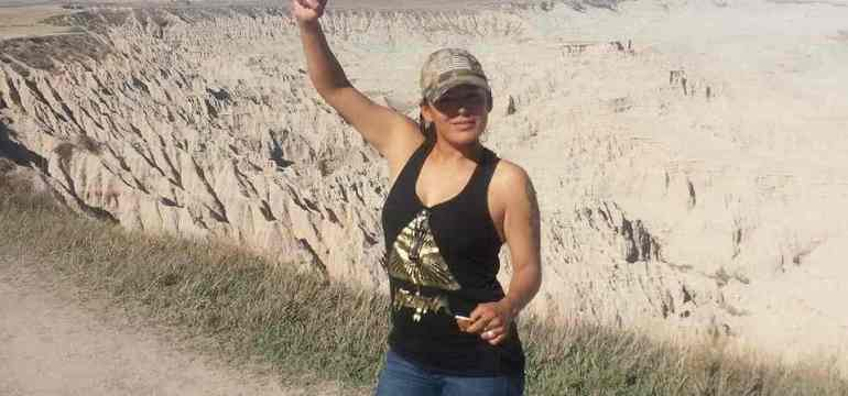 Red Fawn Fallis Enters Non-Cooperating Plea Agreement