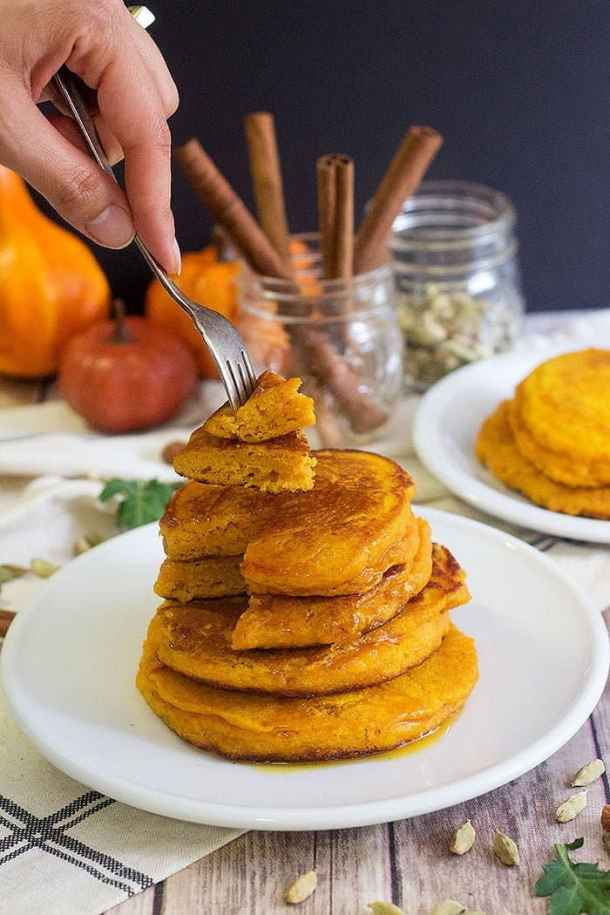 Here is a pumpkin pancake recipe from scratch that makes pancakes that are fluffy and tasty.