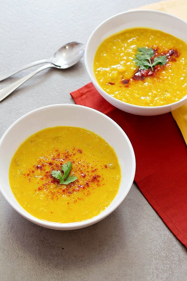 Turmeric Ginger Red Lentil Soup • Unicorns in the kitchen