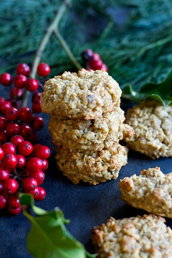 maple oatmeal cookies | maple oatmeal cookies recipe | maple oatmeal cookies healthy baking | #HolidayBaking #ChristmasBaking #Cookies