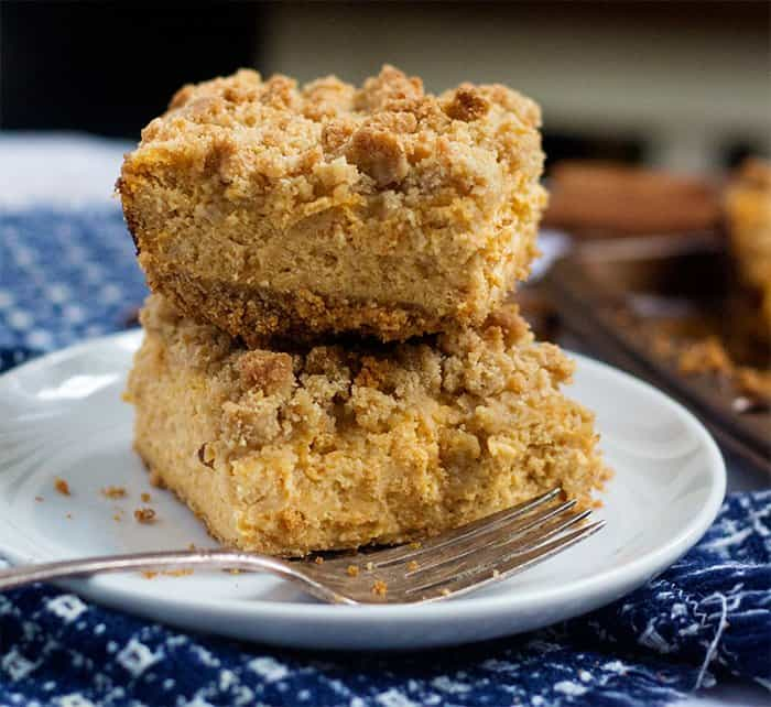 Pumpkin Cheesecake Bars Recipe • Unicorns In The Kitchen