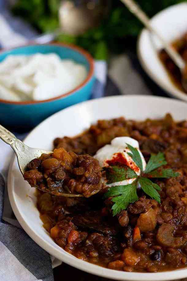 vegetarian chili is perfect for a light dinner