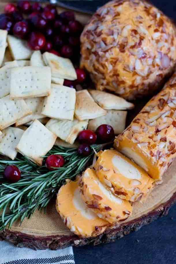 Garlic Crackers | Rosemary Garlic Crackers Recipe | Garlic Crackers Recipe | #Snacks #Rosemary #CheeseandCrackers