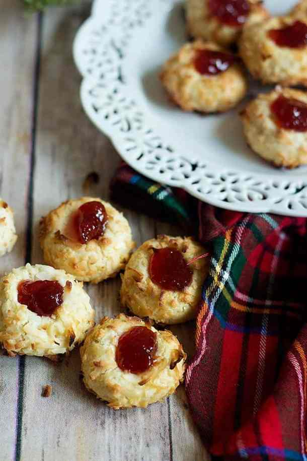 Easy Thumbprint Cookies are simple classic cookies. The addition of coconut flakes bring more flavor to these cookies.
