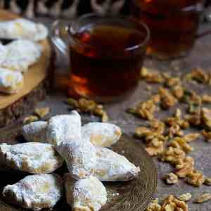 Walnut Filled Persian Pastry – Qottab