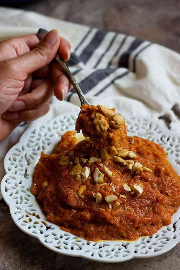 carrot halwa recipe is easy and absolutely tasty.