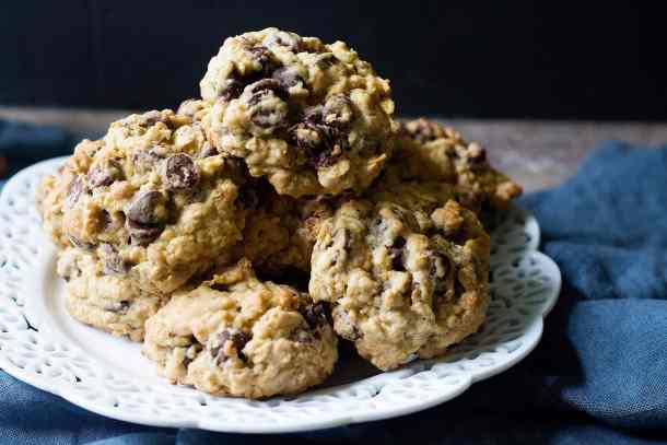These are the best oatmeal chocolate chip cookies you've ever had!