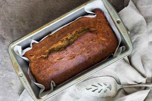 Once cooked, cool the banana bread and slice it.