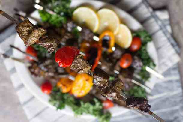 Beef shish kabob with pepper is easy and very tasty