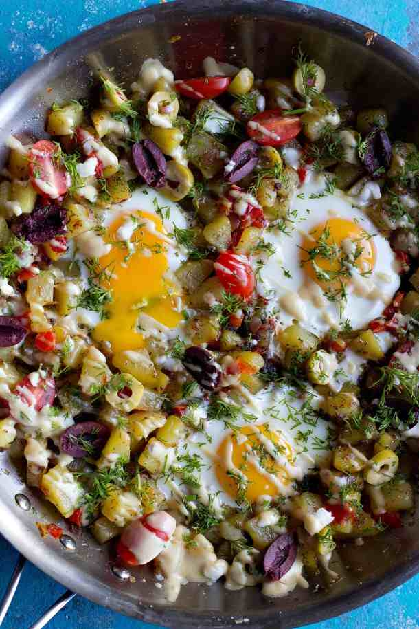 This is an easy potato hash recipe that works well for breakfast and brunch. Make this easy breakfast hash recipe using just a few ingredients.