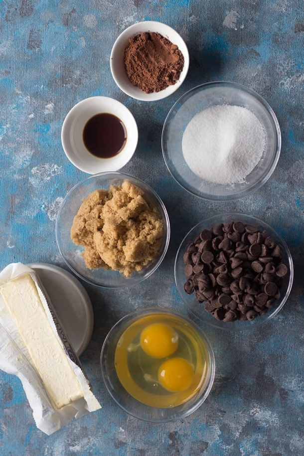 To make brownies without flour, you need the following ingredients: Unsalted butter Brown sugar and granulated sugar Chocolate chips  Eggs Vanilla  Cocoa powder
