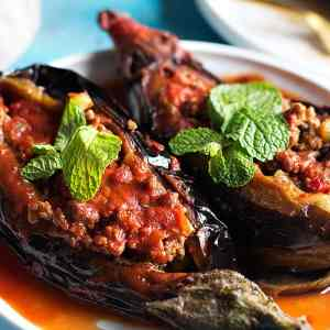 Karniyarik Turkish Stuffed Eggplant Recipe [Video]