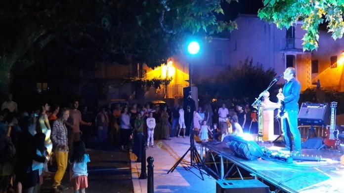 Le premier soir de l'été avec Bruno Klimis et Les Mauvais Garçons Café des Coteaux Pierrevert