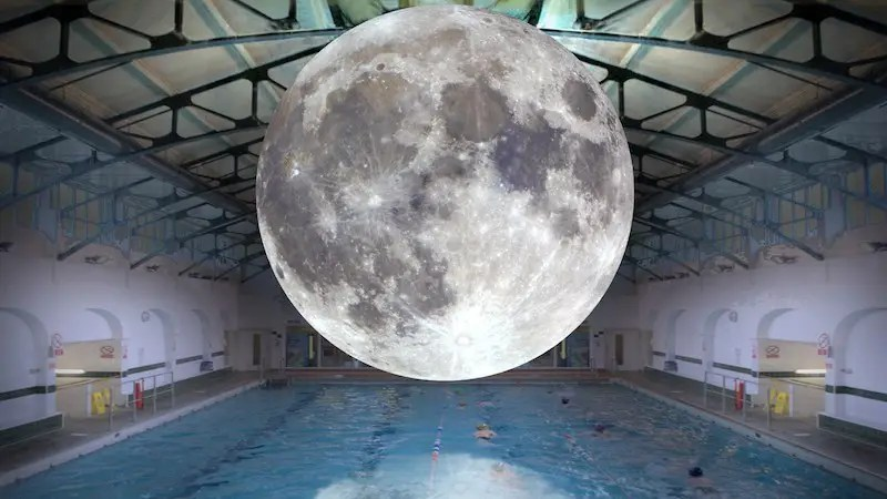 Rennes luke jerram bain de minuit la piscine saint for Piscine saint georges