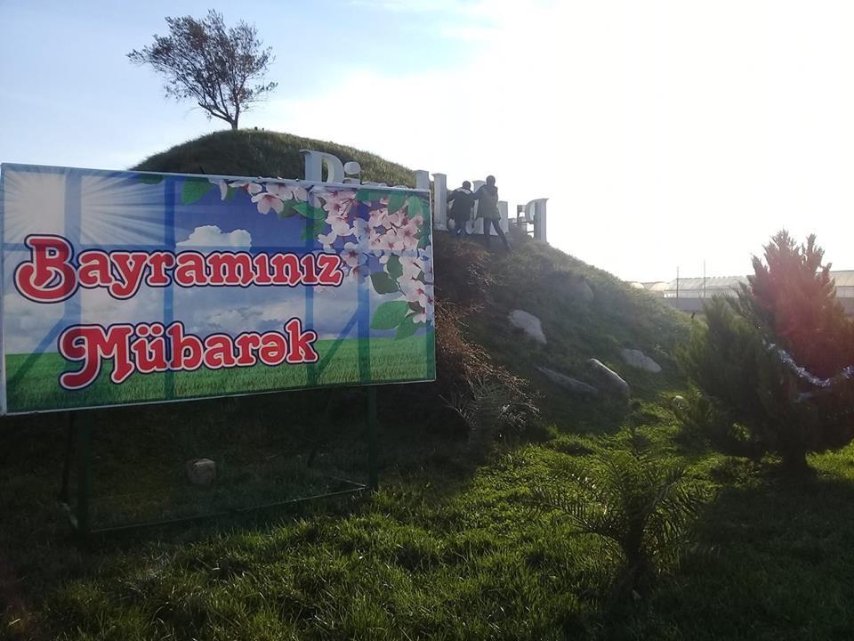 """Pirallahı İcra Hakimiyyəti """"Yeni İl""""lə Novruz bayramını qarışıq salıb- FOTO"""
