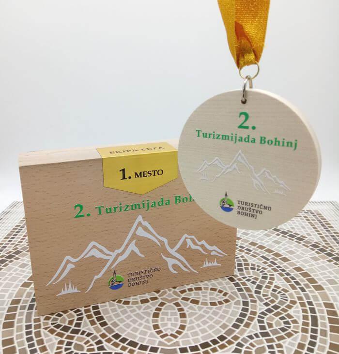 Unikatni leseni pokali za Turistično društvo Bohinj