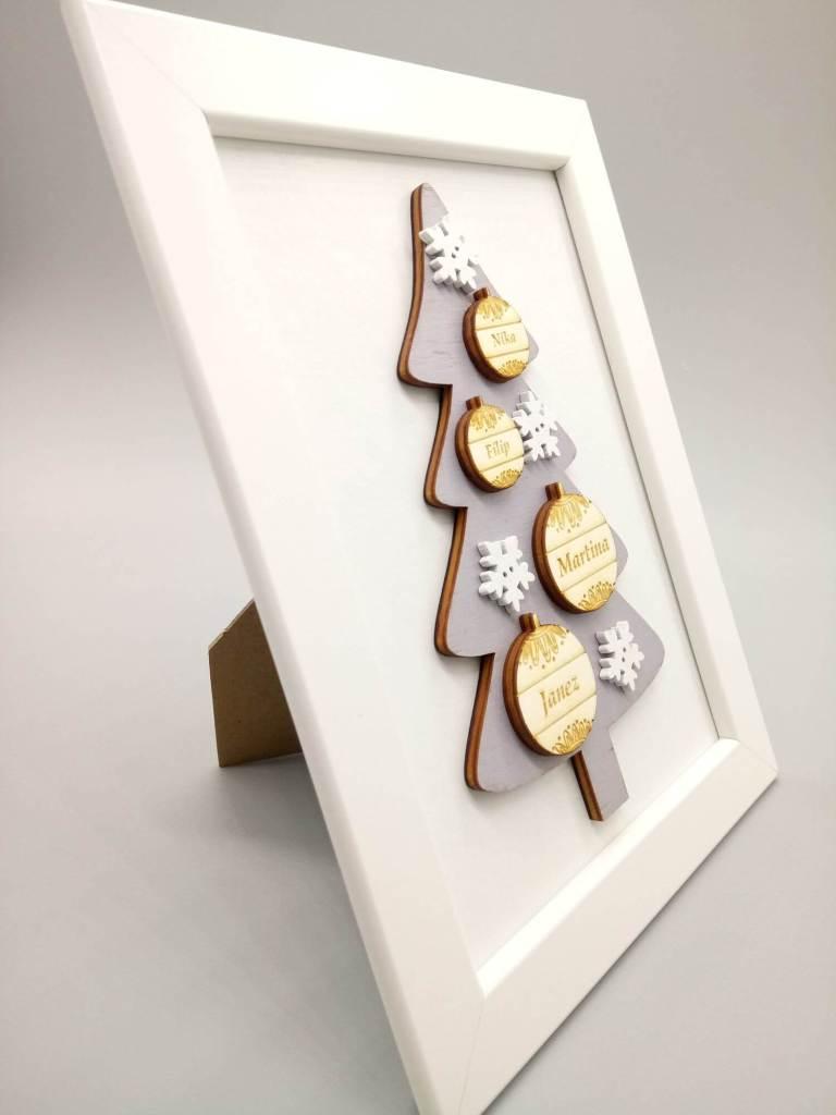 Mini lesena novoletna jelka z imeni v okvirju 16x21cm