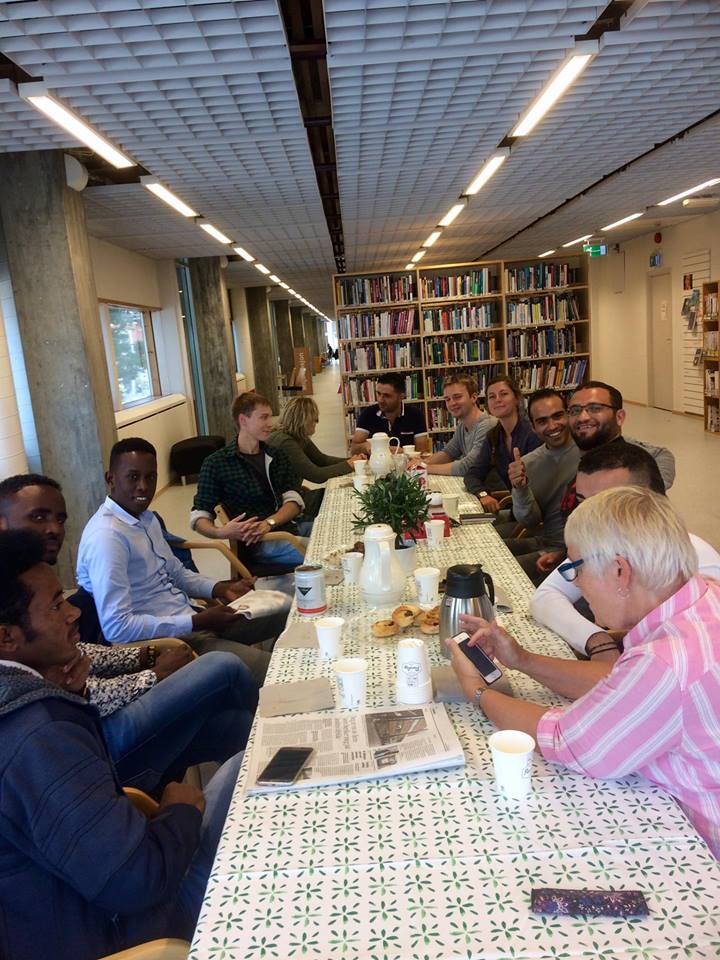 Språkkafé inntar hovedbiblioteket