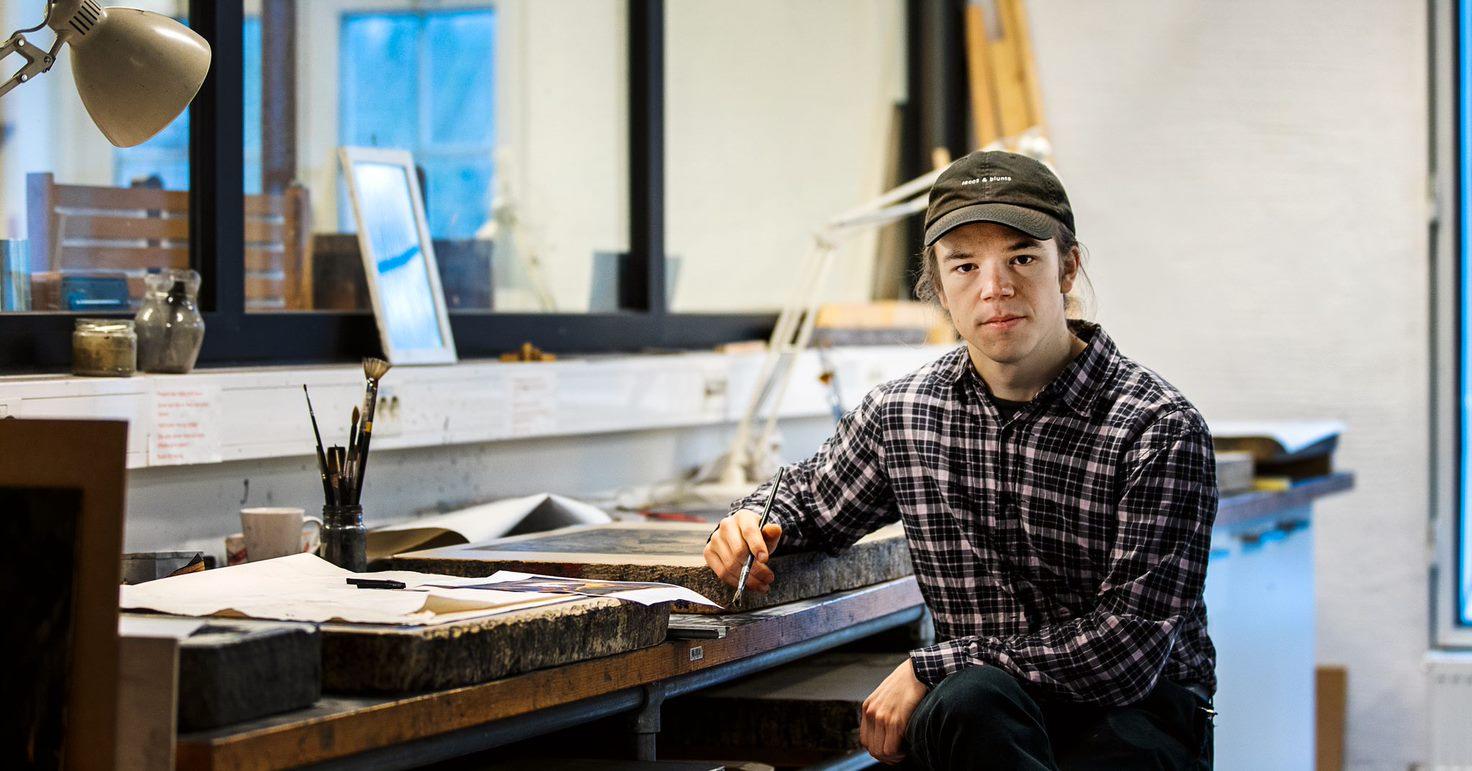 Kunststudenten Vebjørn Pedersen. Foto: Olav Olsen.