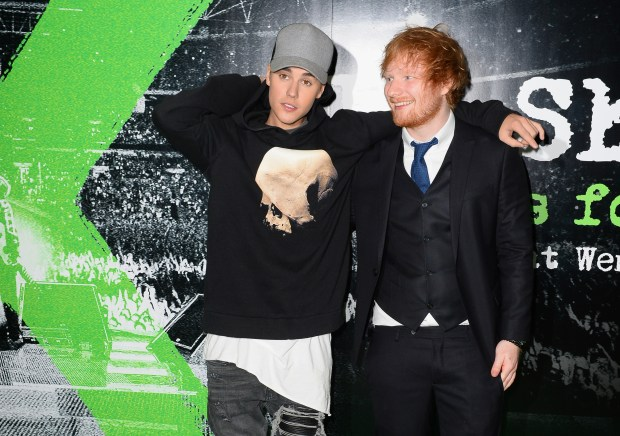 Ed Sheeran Once Hit Justin Bieber In The Face With A Golf Club GettyImages 493782402