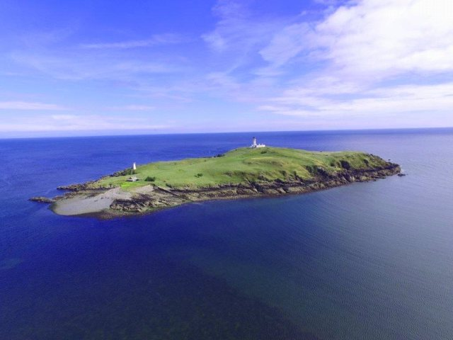 Scottish Island On Sale For Just £325,000 Has A dim Past CAD170101 0