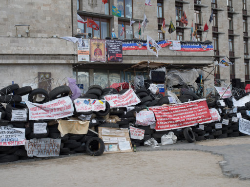 The Ongoing War In Europe That No Ones Talking About UKRAINE Donetsk The barricade in front of the occupied Regional Administration Building in Donetsk – photo NEWZULUJOHN RAMSPOTT