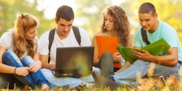 Öğrenciler İçin Ücretsiz Yazılımlar