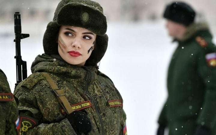 Kadınlara askerlik ile ilgili ilginç öneri: Zorunlu hale gelebilir!