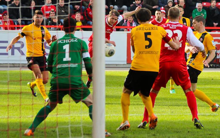 Dausch's shot on goal