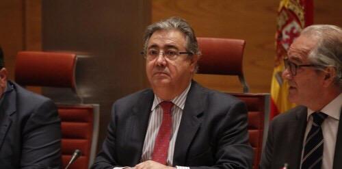 Zoido «eliminará» las desigualdades en los sueldos de las Fuerzas de Seguridad del Estado.