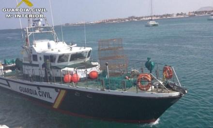 El Servicio Maritimo de Fuerteventura interviene 3.000 metros de Palangre.
