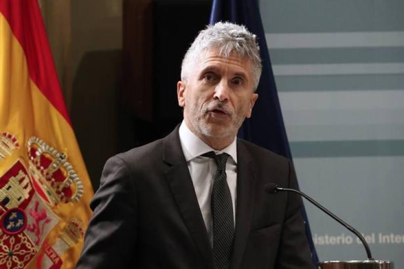 El Ministro del Interior agradece el trabajo de la equiparación salarial