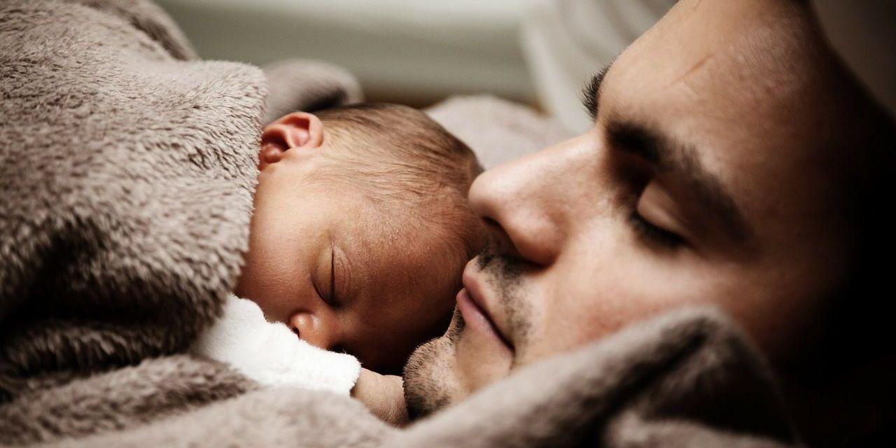 La ampliacion del permiso de paternidad entrara en vigor el 1 de abril tambien para los Guardias Civiles