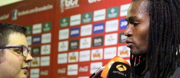 """Manucho tras el Granada 0-1 Rayo: """"Le brindamos este triunfo a la afición"""""""