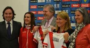 Firma del convenio de promoción del deporte femenino