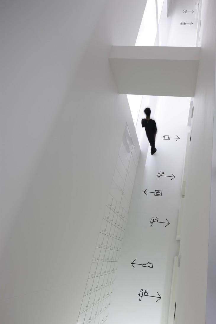 9 Hours Capsule Hotel corridor