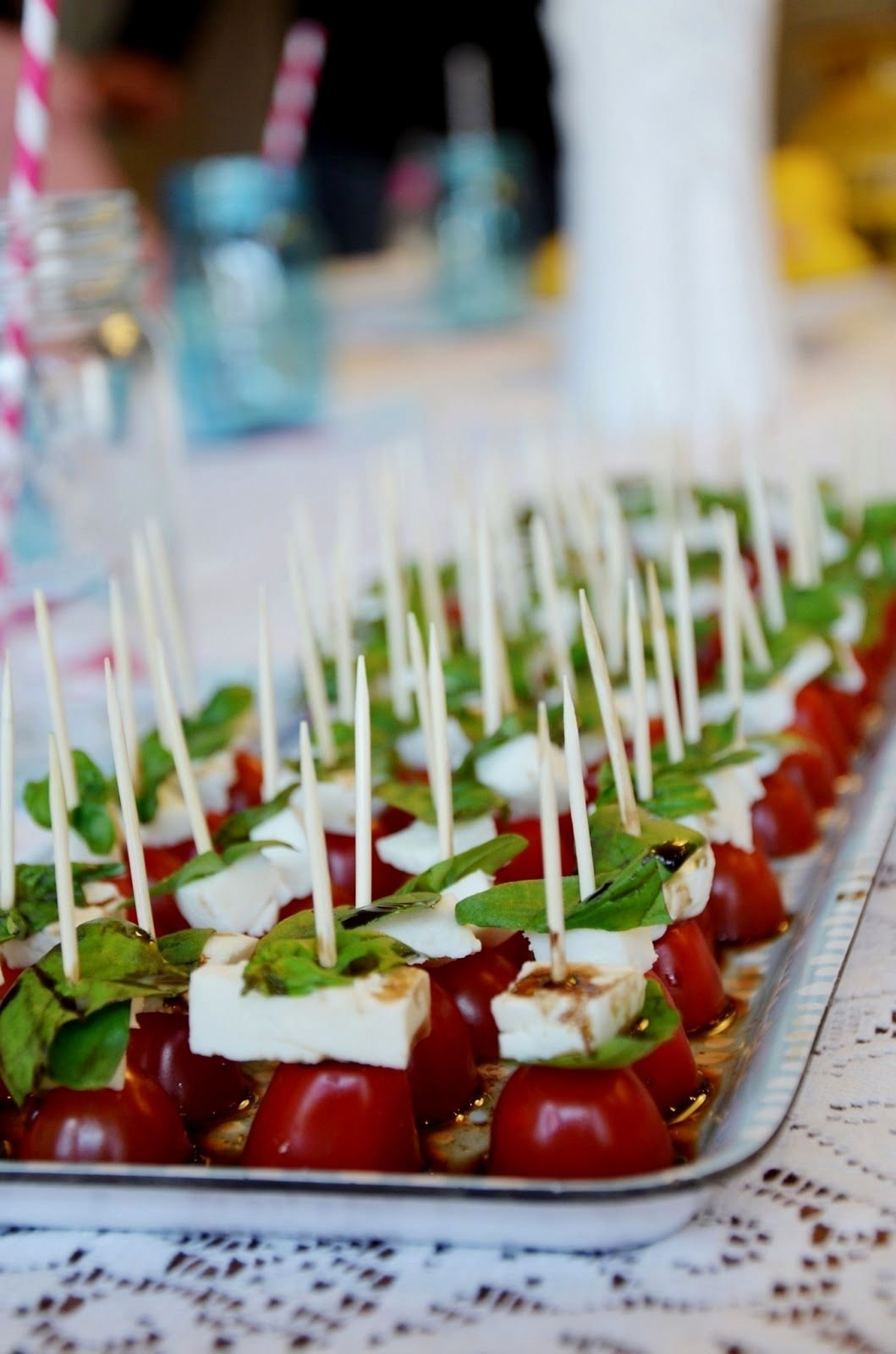 What are good dinner party themes for adults? 10 Wonderful Dinner Party Ideas For Adults 2020