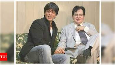 Did you know that Shah Rukh Khan's mother thought that he looked like Dilip Kumar? | Hindi Movie News